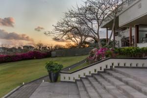 El Grande Garden Stairs-7364